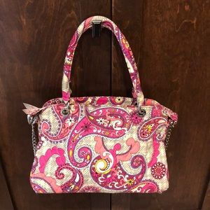 **Price Drop**BARELY USED!! Vera Bradley Chain Bag
